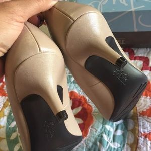 Life Stride Shoes - Life Stride Kitten Heel tan nude pump